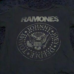 Ramones t shirt medium